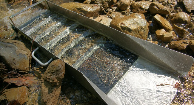 placer gold sluice box